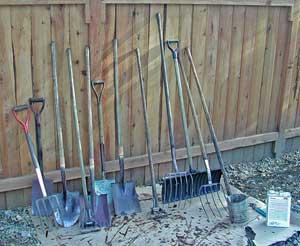 Attrezzi da orto e da giardino cemambiente for Attrezzi da giardino usati